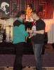 Michal předává dárek Radkovi